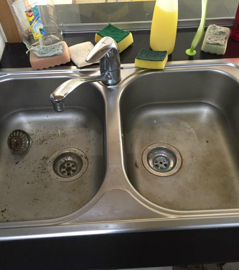 kitchen-sink-water-cannot-drain-away